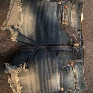 American Eagle Women's Size 4 Shorts